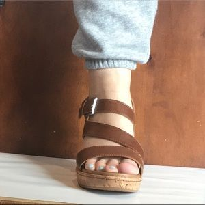 BOC BROWN STRAP WEDGE